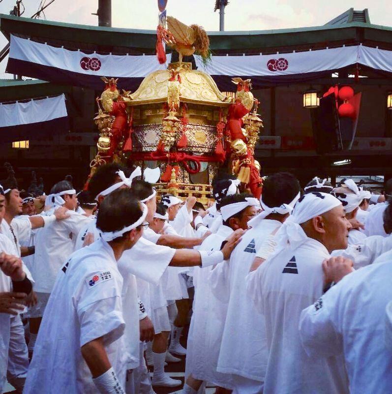 山鉾巡行の後は神輿御渡、祇園祭りはまだまだこれからです!